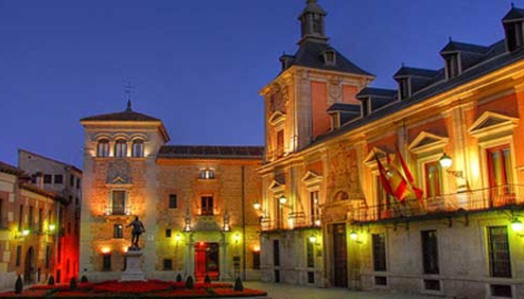 plaza-de-la-villa-spain